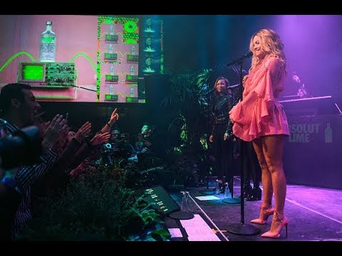 Rita Ora - For You (First Live Performance)