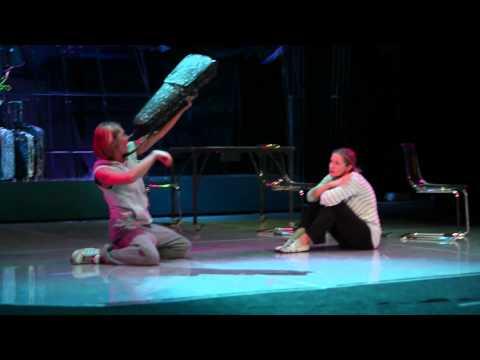 на сцене театра фото секс