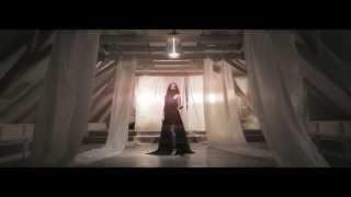 Radics Gigi - Úgy fáj (Official Music Video)