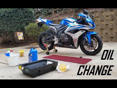 Diy How To Change The Oil On A 2007 Honda Cbr 600rr Youtube