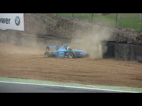 Formula Palmer Audi 2010 Crash at Brands Hatch FULL HD