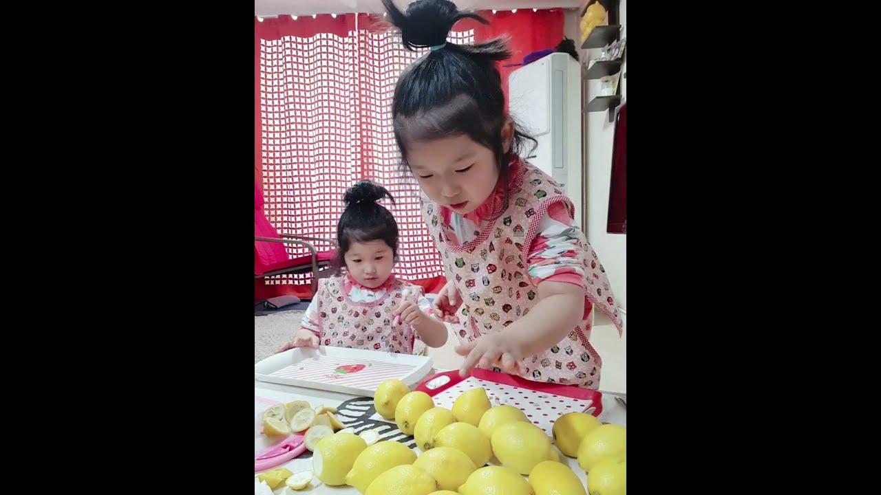 [쌍둥이육아] 6살 쌍둥이들 레몬청 만들기 도전~!