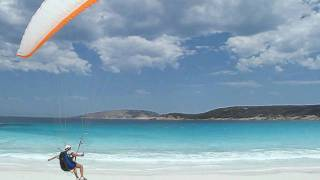 Paragliding Western Australia Flying and Groundhandling Hellfire Bay Gradient Aspen 2