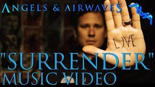 Esattamente 8 anni fa usciva il video di Surrender degli Angels And Airwaves!