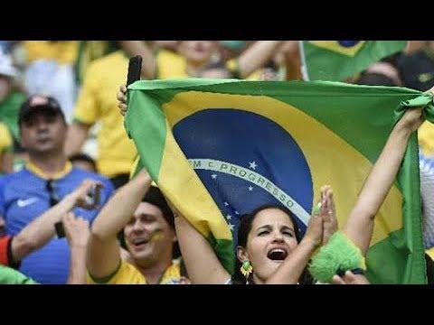 世界杯快讯 巴西队首训 球迷围观人山人海 20180612 | CCTV 体育