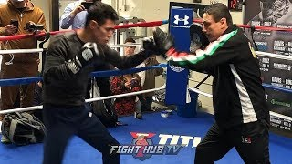 OMFG HUGO RUIZ IS FAST! LIGHTS UP THE MITTS WITH SHOCKING SPEED & POWER AHEAD OF TANK DAVIS FIGHT