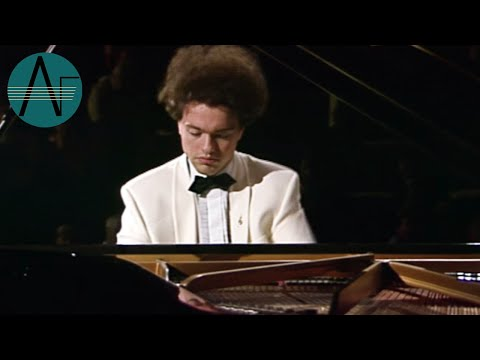 Evgeny Kissin: Modest Mussorgski - Baba Yaga & The Great Gate of Kiev