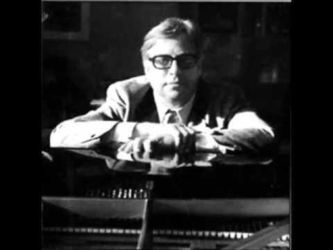 "Ludwig Hoffmann plays Liszt ""Reminiscences de Don Juan"""