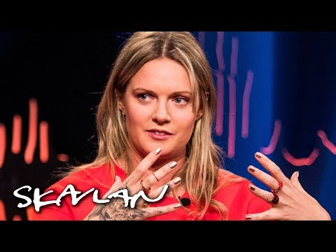 Tove Lo being told she needed to lose weight sparked eating disorder | English subtitles | Skavlan