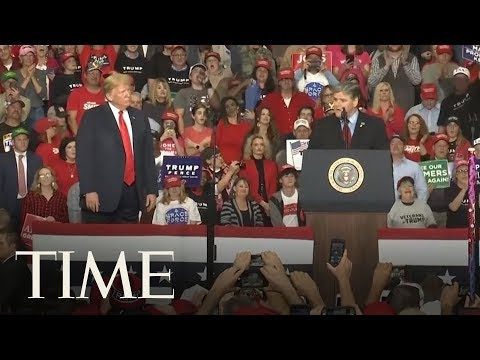Sean Hannity Speaks At A Trump Rally On The Eve Of The Midterm Elections | TIME