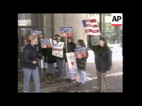 USA: NEW HAMPSHIRE: CANDIDATES RESORT TO GIMMICKS TO NET VOTERS