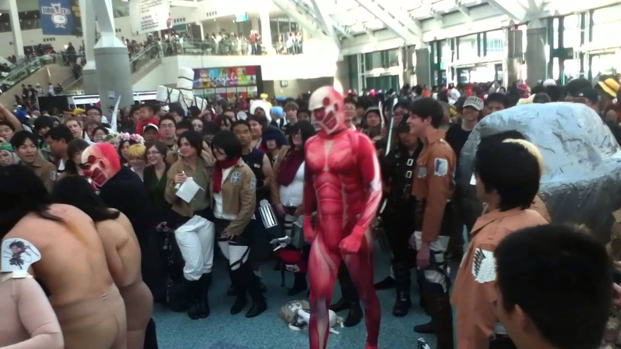 Anime Expo 2013 Attack On Titan Gathering The Colossal