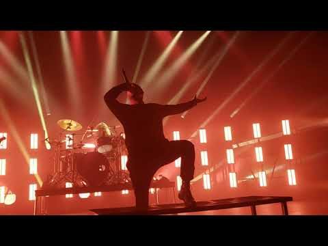 Parkway Drive pt 5 end of show finale 9.6.18 agora theater