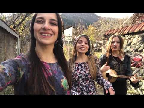 Trio Mandili -