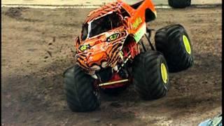 Monster Jam - Prowler vs Bulldozer Monster Truck- Toronto 1.17.09