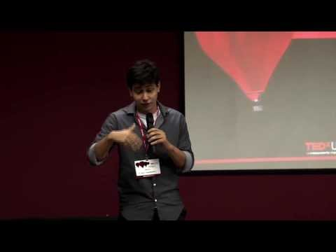 The challenges of an entrepreneur college education: Emiliano Abad at TEDxUFPE