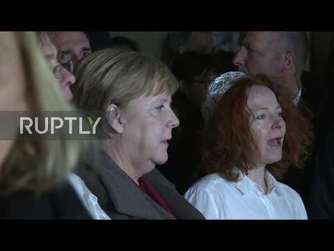 Germany: Merkel attends vigil at Berlin synagoge after Halle shooting