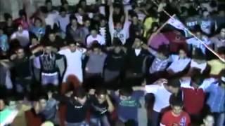 Ni por la noche descansan los jóvenes de Hama - Siria - PRECIOSO - 5-5-2012