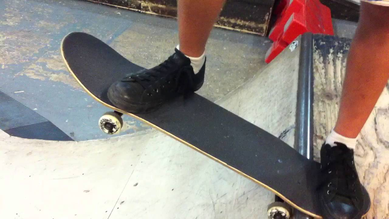 drop in skateboard trick