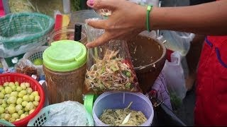 Green Papaya Salad Som Tam Streetfood In Thailand ส้มตำ