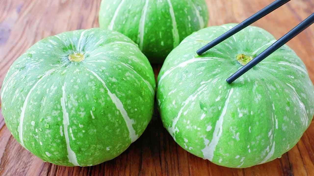 秋天要多吃青南瓜,加一碗面粉,教你好吃做法,上桌2个不够吃!【阿胖面食】