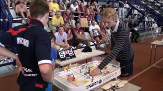 Настольный хоккей-Tablehockey-WCh-2011-DMITRICHENKO-GALUZO-Game6-comment-SPIVAKOVSKY