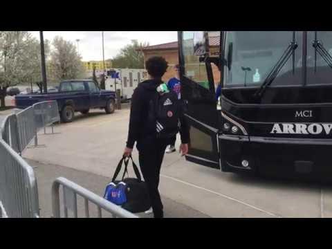 Jayhawks depart for Kansas City, Sweet 16