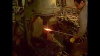 Изготавливаем пику – на кузнечном молоте