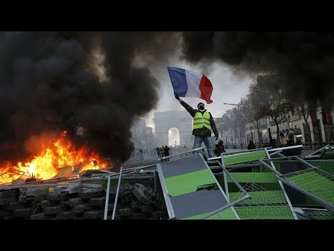 Protests in France, people demand Macron's resignation