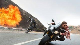 Миссия Невыполнима: Племя Изгоев (2015) Гонка на мотоциклах - Сцена из фильма