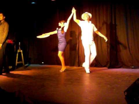 Boutique Theatre Fagabrinny - Besame Mucho
