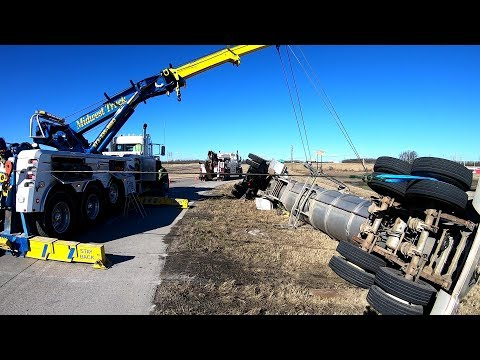 Rollover Tanker!!!  What A Load Of Crap -py Water