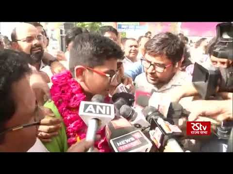 NEET topper (2019) Nalin Khandelwal celebrates success