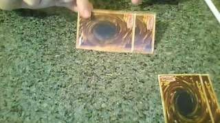 Tutorial : How To Make A Deck Box Out Of Yugioh Cards ( Part 1 )