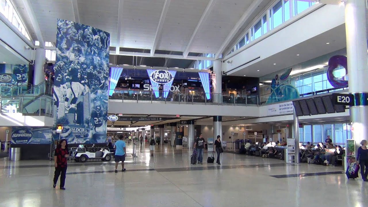 A Tour Of Houston Intercontinental Airport S C D And E Terminals