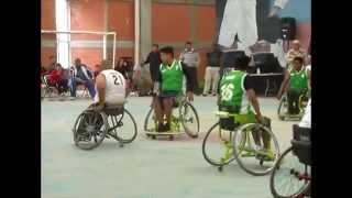 En Papalotla la liga de básquetbol sobre silla de ruedas