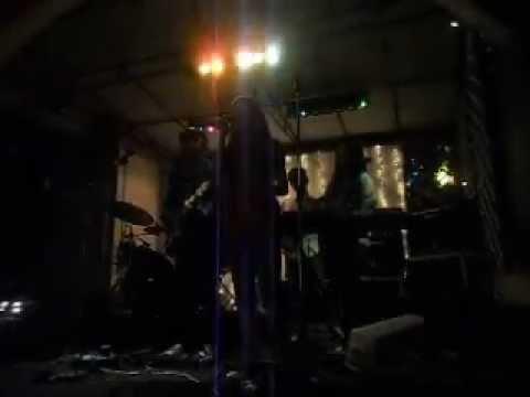 Hero Van Java Ft Gracela V.M.S-Cintaku (Chrisye COVER) LIVE AT 24movement Full Band.AVI