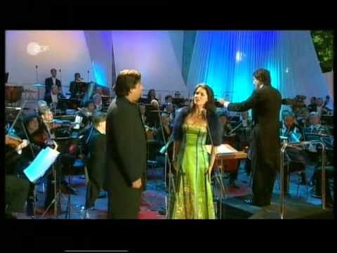 Anna Netrebko, Marcelo Alvarez - Verranno a te sull'aure - concert - Berlin 2004