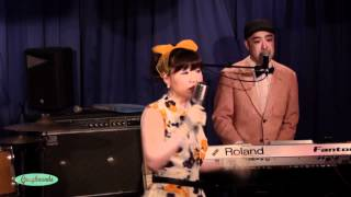 Lollipop Lips (ロリポップリップス) / GRAYHOUNDS JPN