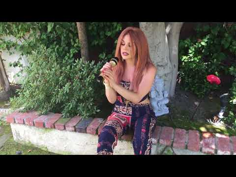 """Courtney Stodden As EMBER Performs """"Pink Flamingo"""" LIVE!"""