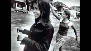 Vidéo introductive sur la traite des êtres humains dans le monde.mov