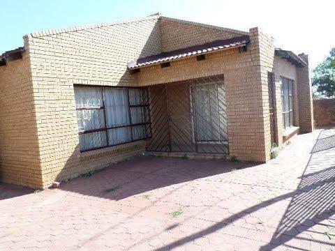 3 Bedroom House For Sale in Soshanguve, South Africa for ZAR 320,000...