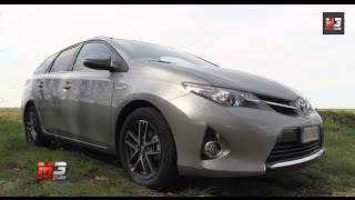 NEW TOYOTA AURIS HYBRID TOURING SPORTS 2015 - FIRST TEST DRIVE