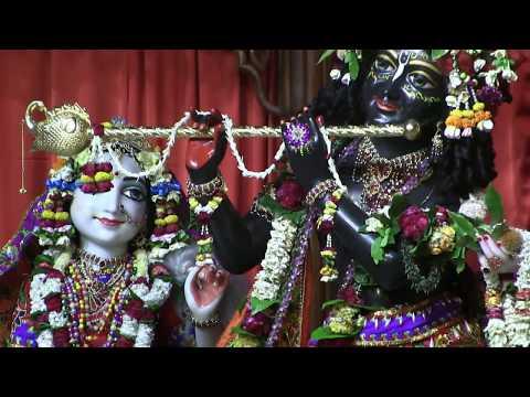 Mayapur most beautiful Sandhya aarti  01/04/2018