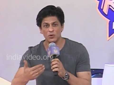Shah Rukh Khan speaks about the friendship with Juhi Chawla