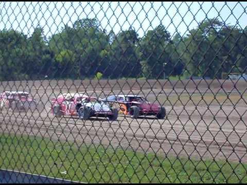 Owendale Speedway 4 car dash Modifieds