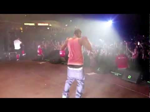 MAC MiLLER & RiFF RAFF BRiNG OUT THE RiCE iN ARiZONA LiVE !