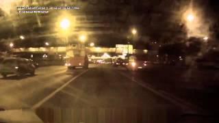 Смотреть видео ДТП Москва ТТК, Видеорегистратор, Новые ДТП, Жуткие Аварии онлайн