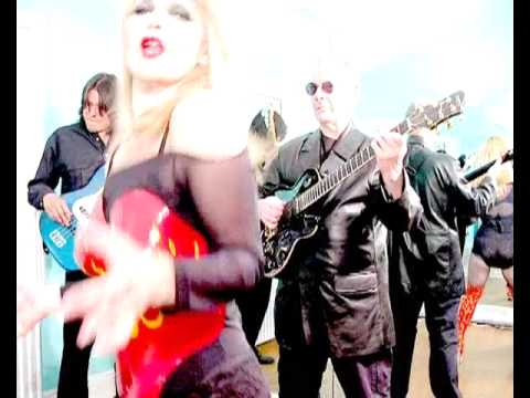 Toyah & The Humans feat. Robert Fripp - These Boots Are Made For Walkin'