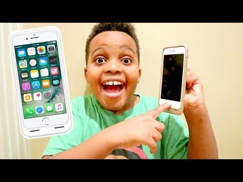 IPHONE with Shiloh and Shasha - Onyx Kids